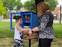 6th-grader Madelynn Crist starts Little Free Library